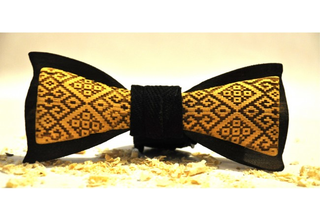 Wood bow tie carved Uniq