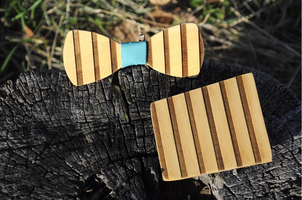 Wood bow tie pocket engraved Righe