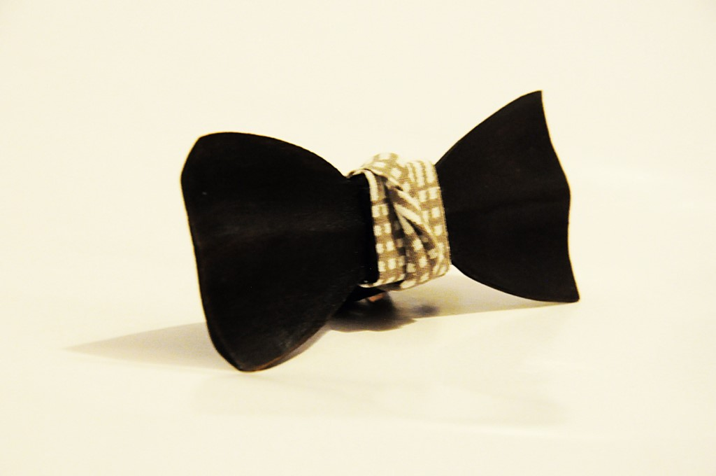 Wood bow tie carved Ludovic