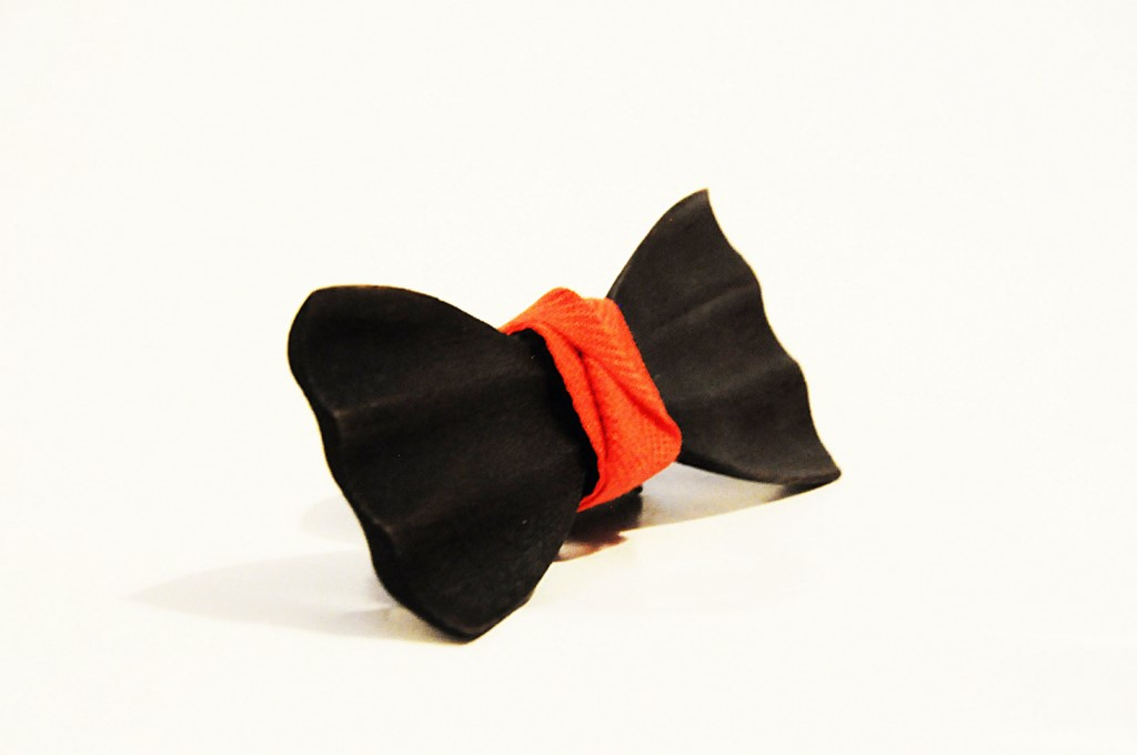 Wood bow tie carved Oliviero