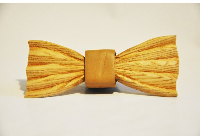 Wood bow tie carved Isidoro