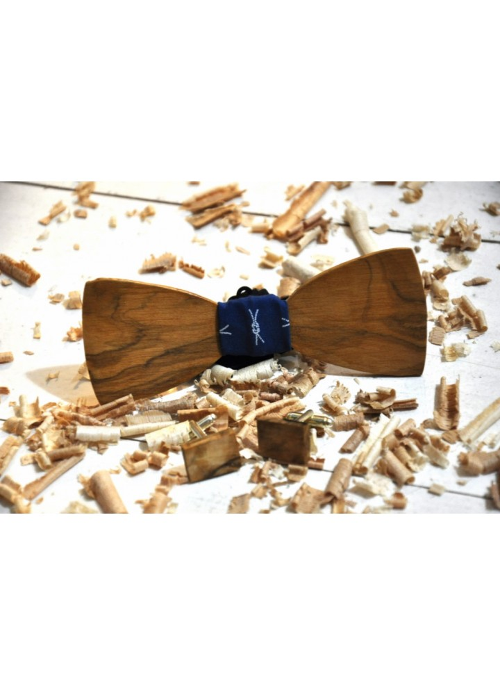 Wood bow tie carved Julio